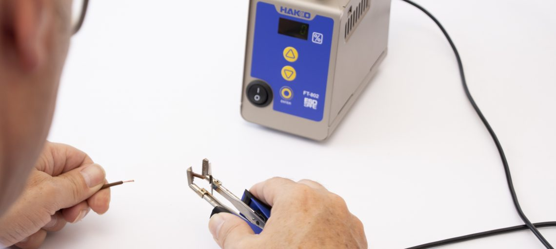 New thermal wire stripper outstrips mechanical versions says Hakko